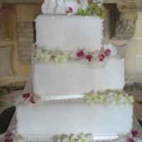 Square Malta Wedding Cake