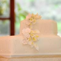 2 Tier Malta Wedding Cake