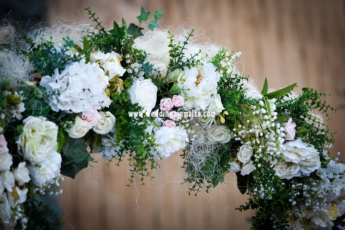 Aisle Flowers (1)