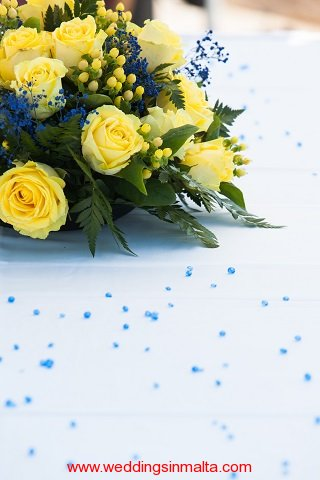 malta-wedding-ceremony-flowers-51