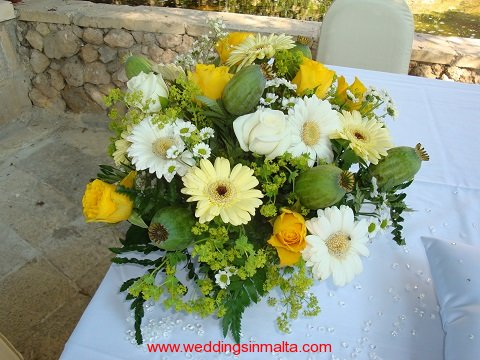 malta-wedding-ceremony-flowers-29
