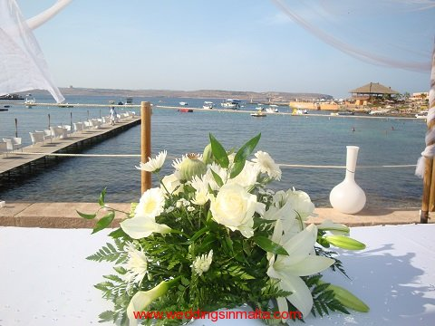 malta-wedding-ceremony-flowers-32