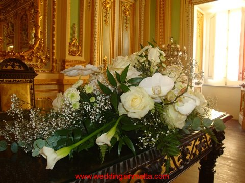 malta-wedding-ceremony-flowers-38