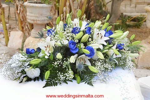 malta-wedding-ceremony-flowers-39