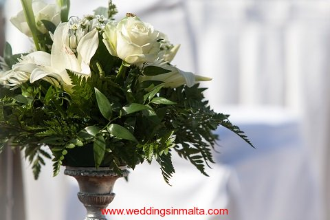 malta-wedding-ceremony-flowers-44