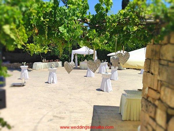 Weddings-in-Malta-Forest-Lodge-2