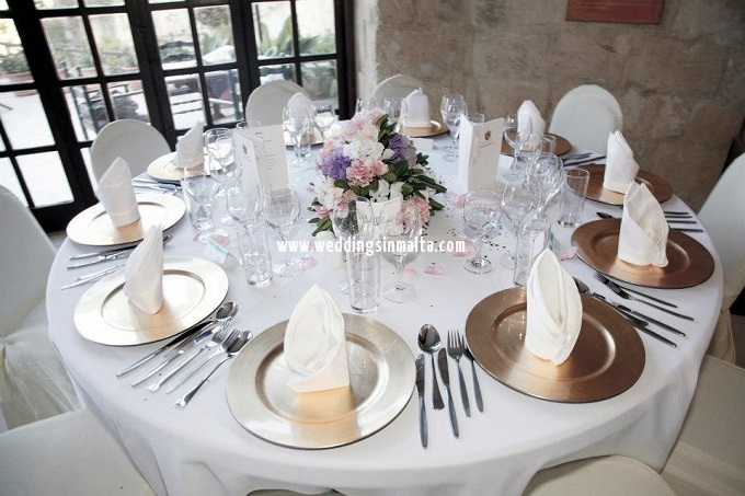 Malta Wedding Table Centrepieces (1)