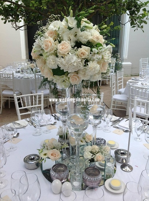 Malta Wedding Table Centrepieces (36)