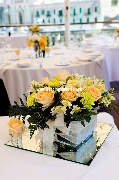 Malta Wedding Table Centrepieces (37)