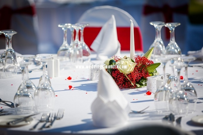 Malta Wedding Table Centrepieces (48)