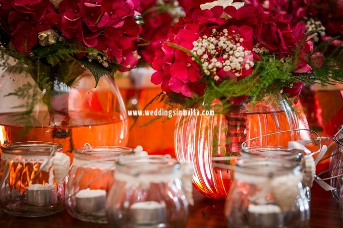 Malta Wedding Table Centrepieces (49)