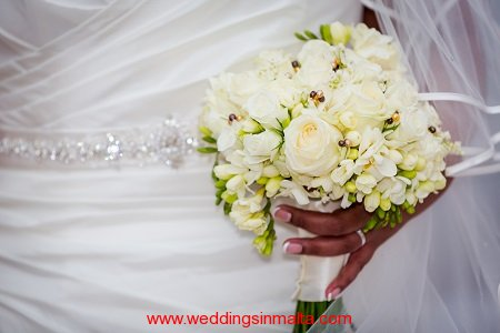 weddings-in-malta-bouquet-16
