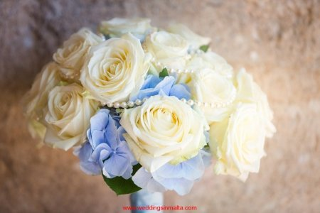 weddings-in-malta-bouquet-9