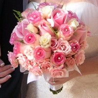 Malta wedding flowers in roses