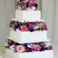 Malta Wedding Cakes with fresh flowers