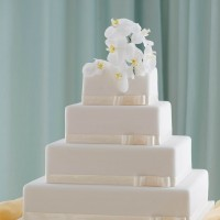 Square Malta Wedding Cakes